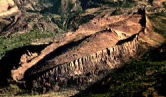 http://dailypostal.com/wp-content/uploads/2010/04/noahs-ark.jpg