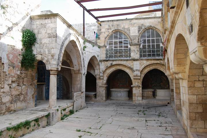 http://www.biblewalks.com/Photos19/ArmenianZion2s.jpg