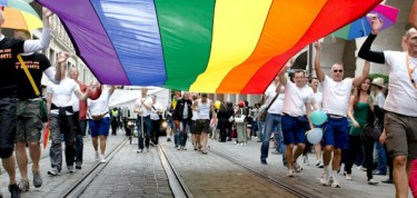 gay_march_rainbow_flag