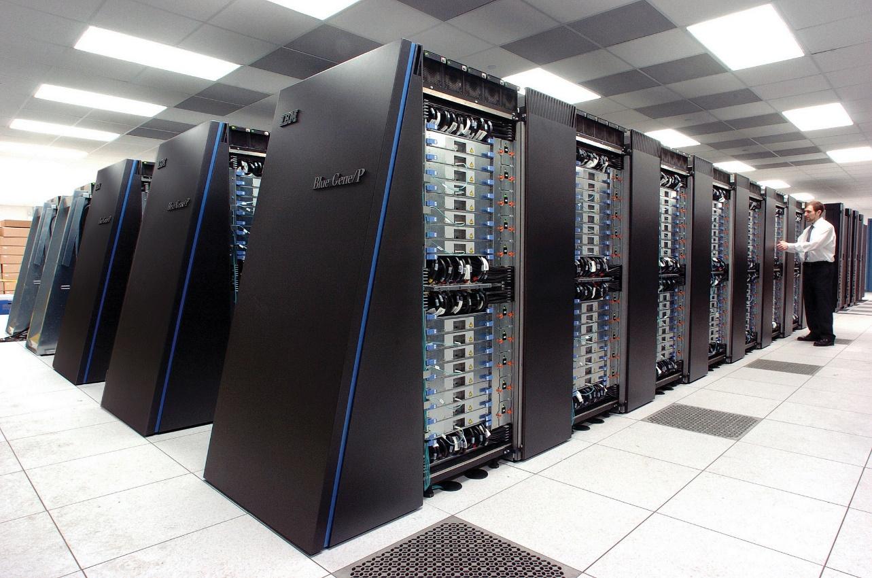 http://upload.wikimedia.org/wikipedia/commons/d/d3/IBM_Blue_Gene_P_supercomputer.jpg