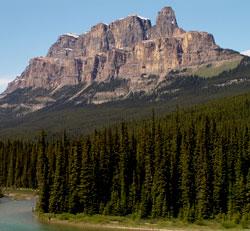 http://www.peakfinder.com/peakpics/castlemtn.jpg
